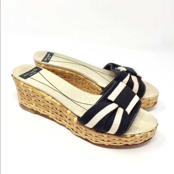 807f01816a61 kate spade Shoes - ♤️Kate Spade Wedge Sandals Striped 7 ✨